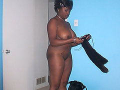 Crazy black whore make sex